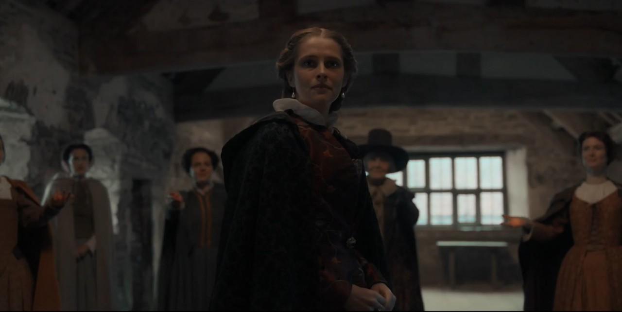 Diana (Teresa Palmer) wird in den Kreis der Hexen aufgenommen. Sky One