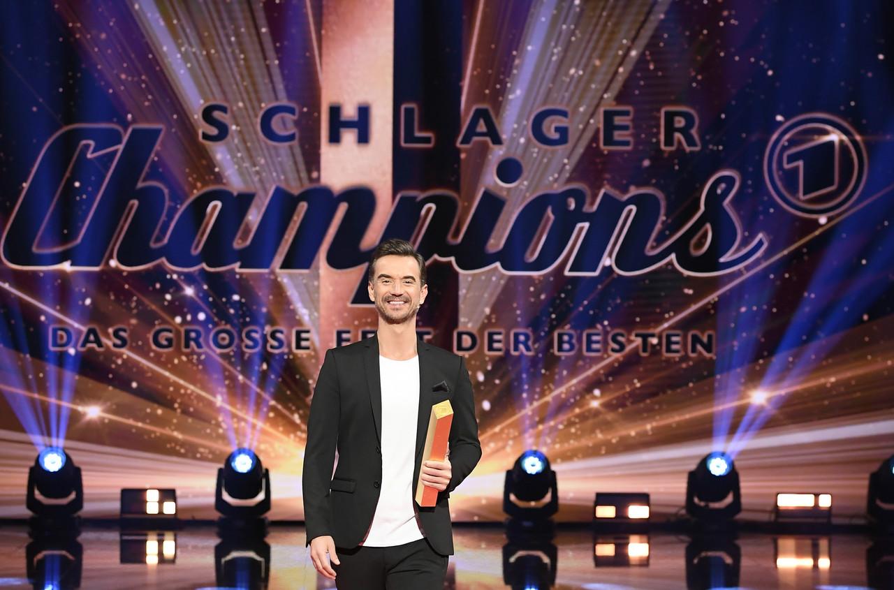 """Florian Silbereisen präsentiert die """"Schlagerchampions 2021"""" ARD/JürgensTV/Dominik Beckmann"""