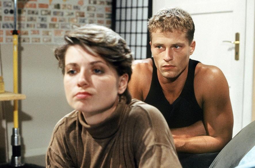 Til Schweiger in der Rolle des Jo Zenker, hier mit Andrea Spatzek in Folge 364, ließ in der Anfangszeit der Serie viele Teenie-Herzen höher schlagen.WDR/Diane Krüger