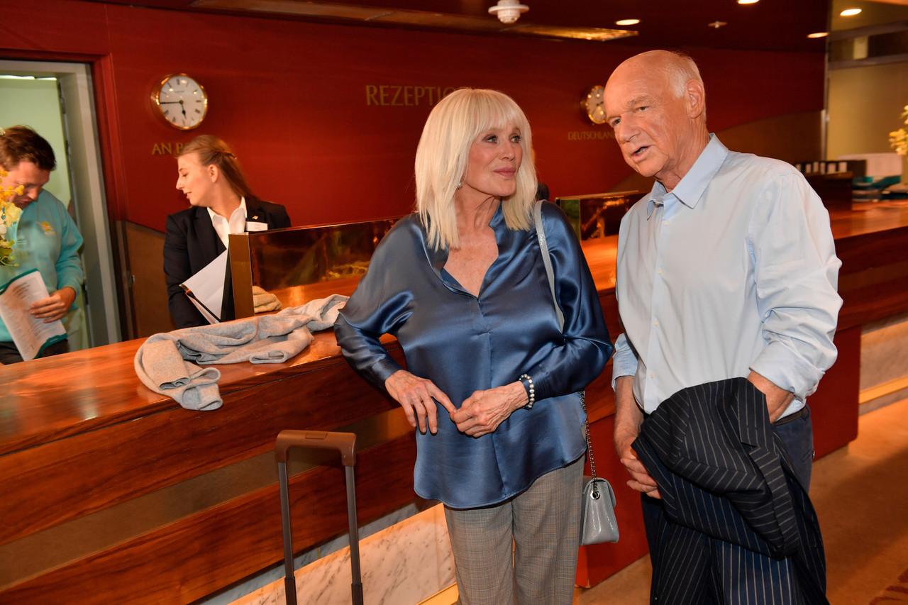 Linda Evans und Dietrich Hollinderbäumer ZDF/Dirk Bartling
