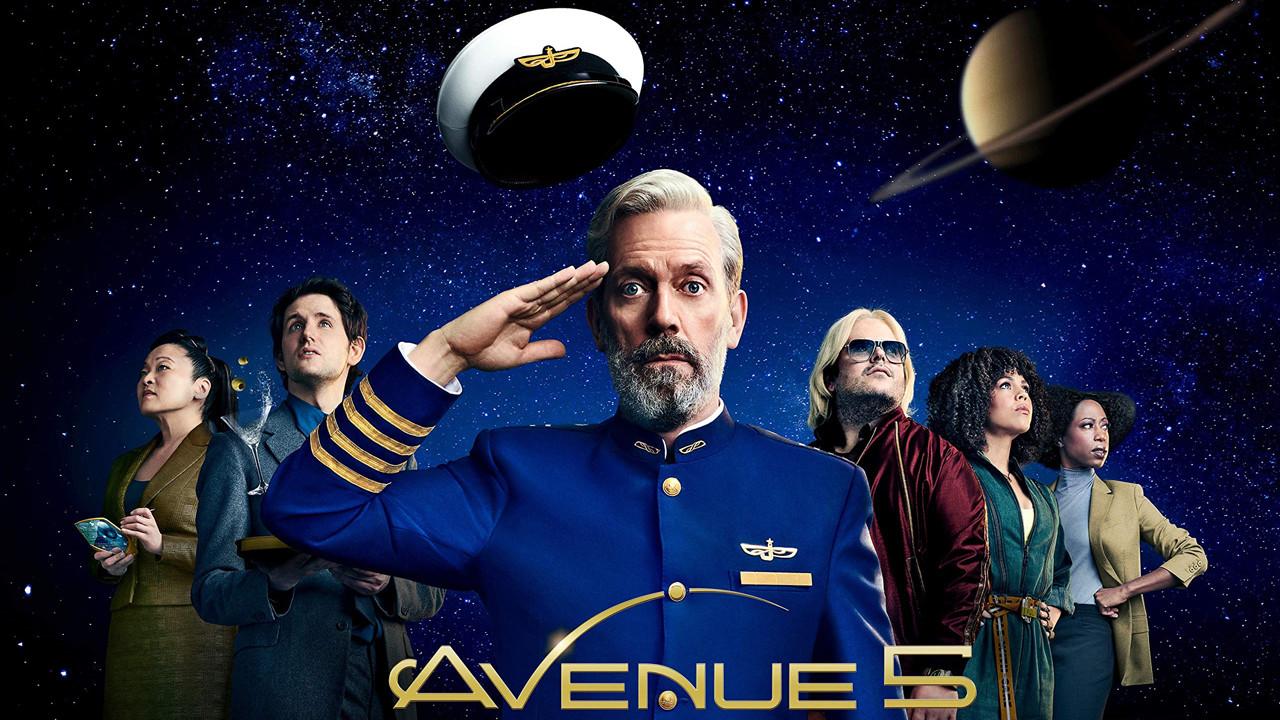 """Top: """"Avenue 5"""" (HBO)Science-Fiction-Komödien wie """"The Orville"""" mit Seth MacFarlane oder """"Star Trek: Lower Decks"""" erhalten Zuwachs: HBO schickte zu Beginn des Jahres eine eigene Comedyserie namens """"Avenue 5"""" mit dem ehemaligen """"Dr. House""""-Darsteller Hugh Laurie an den Start. Als Captain Ryan Clark eines interplanetaren Kreuzfahrt(raum)schiffs in einer nahen Zukunft, versucht der völlig überforderte Kommandeur, mit den aufgebrachten Weltraumtouristen und Einmischung in Form des exzentrischen Milliardärs und Schiffsbesitzers an Bord klarzukommen. Als das Raumschiff vom Kurs abkommt, bricht das Chaos aus. Der US-Sender HBO hat für seine neue Serie bereits kurz nach dem Start eine zweite Staffel bestellt. HBO"""