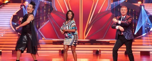 """Die diesjährige Staffel von """"Let's Dance"""" fiel mitten in den Lockdown im Frühjahr und hatte angesichts des fehlenden Studiopublikums mit besonderen Herausforderungen zu kämpfen. Die Mühe wurde belohnt: Im Schnitt verfolgten die Tanzshow in diesem Jahr 4,65 Millionen Zuschauer, die für herausragende Zielgruppen-Marktanteile von bis zu 21,7 Prozent sorgten. Kein Wunder also, dass RTL nicht ans Aufhören denkt und die Verlängerung um eine 14. Staffel zeitnah verkündete. TVNOW/Stefan Gregorowius"""
