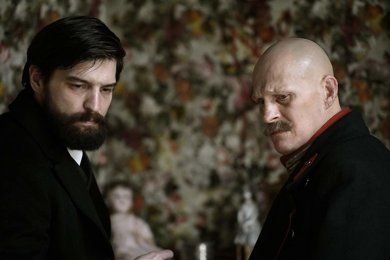Freud (Robert Finster, l.) und Alfred Kiss (Georg Friedrich). Jan Hromadko/SATEL Film Gmbh/Bavaria Fiction Gmbh
