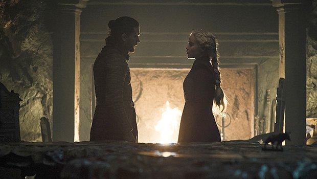 Jon (Kit Harington) kann Daenerys (Emilia Clarke) nicht die Sicherheit geben, die sie braucht