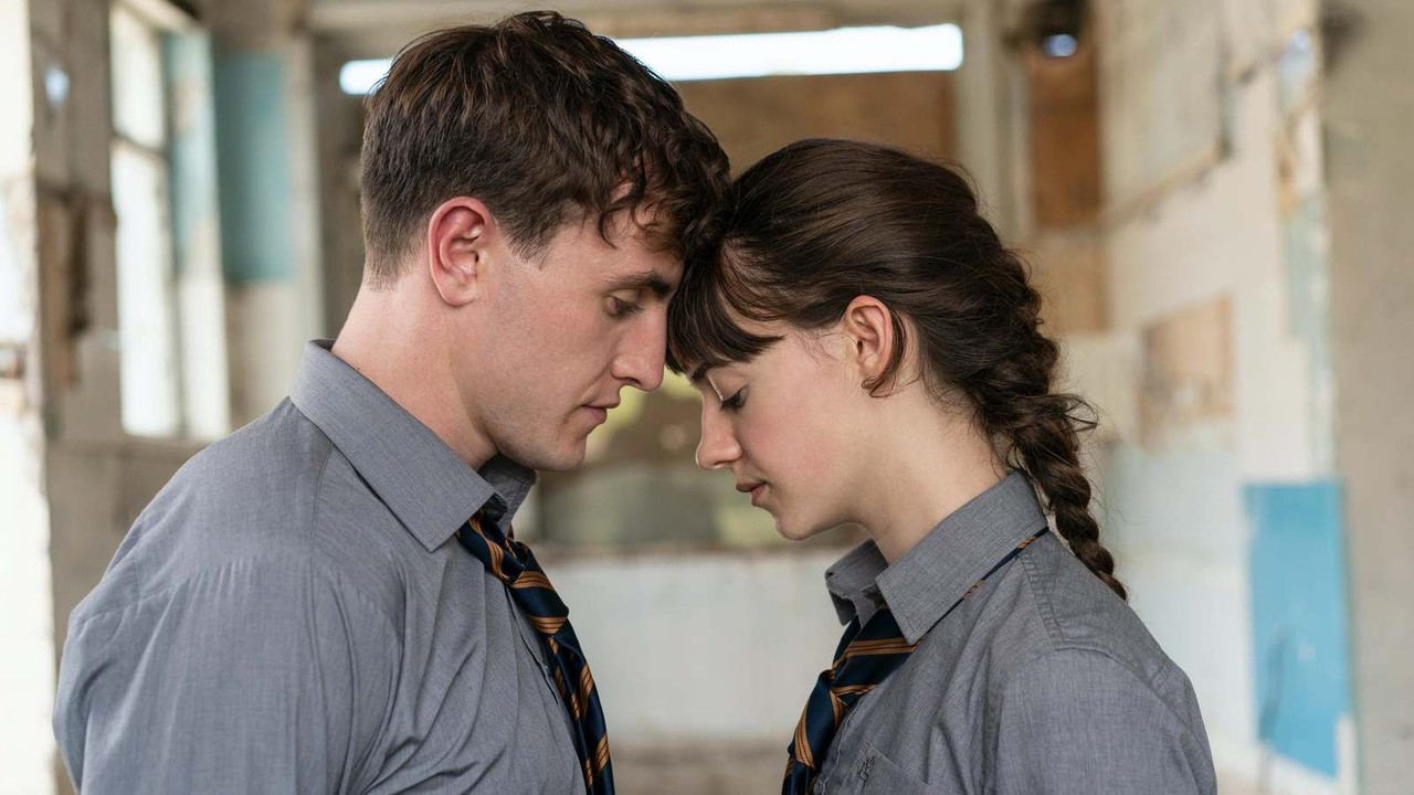 Bei Connell (Paul Mescal) und Marianne (Daisy Edgar-Jones) schwingt immer Melancholie mit. BBC three