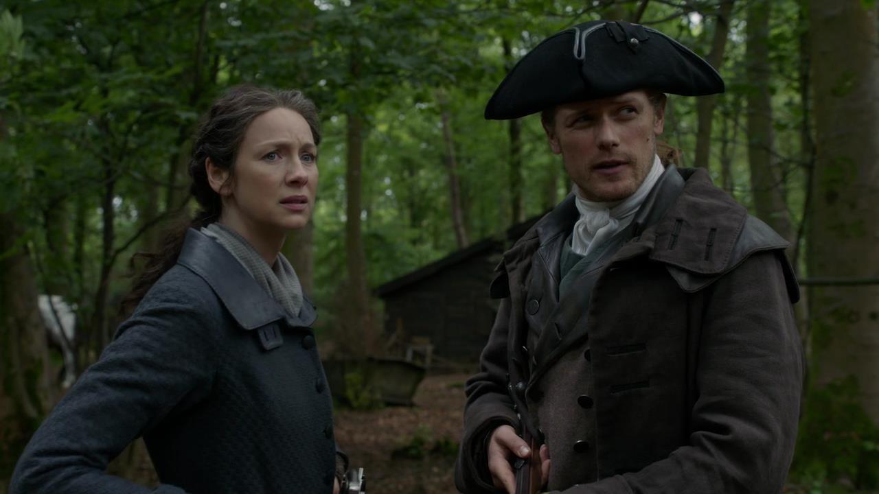 Claire (Caitriona Balfe) und Jamie (Sam Heughan) müssen schwere Entscheidungen treffen. Starz