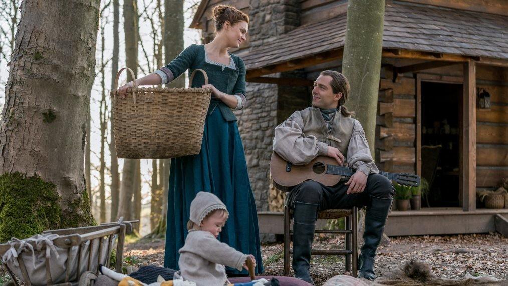 Brianna (Sophie Skelton) und Roger (Richard Rankin) haben ihr Glück auf Fraser's Ridge gefunden. Starz