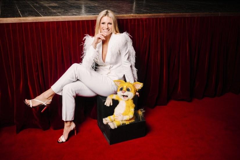 Michelle Hunziker mit Maki-Puppe Polly Sat.1/Julian Essink