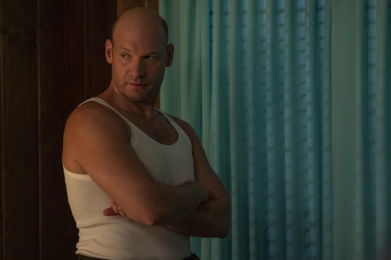 """Corey Stoll als Charles Wainwright auf Freiersfüßen in """"Ratched"""". Saeed Adyani/Netflix"""