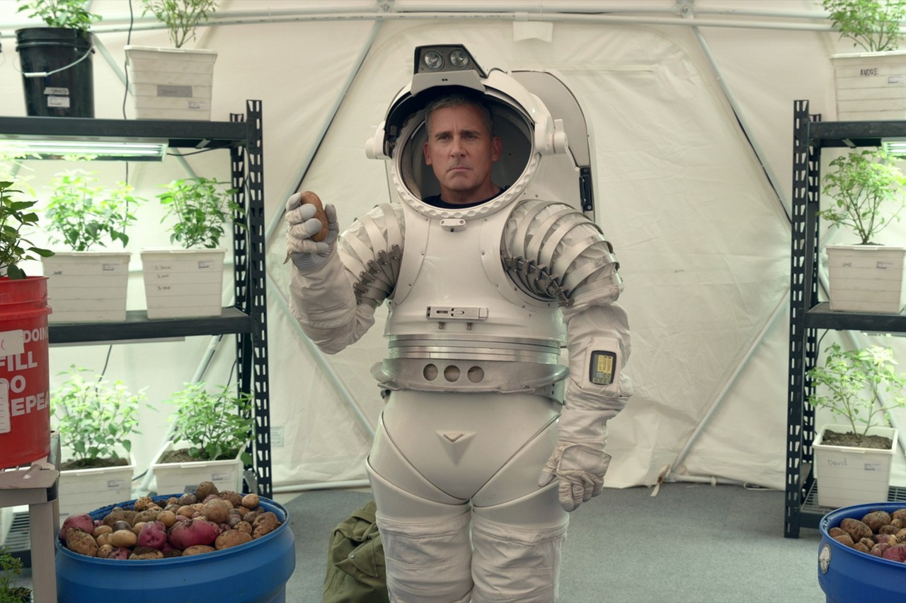 Steve Carell in einer Slapstick-Einlage. Netflix