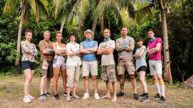 Team 2: Dania, Björn, Christin, Karin, Stephan, Olav, Marcel, Lara und Stefan (v.l.n.r.) TVNOW / Richard Hübner