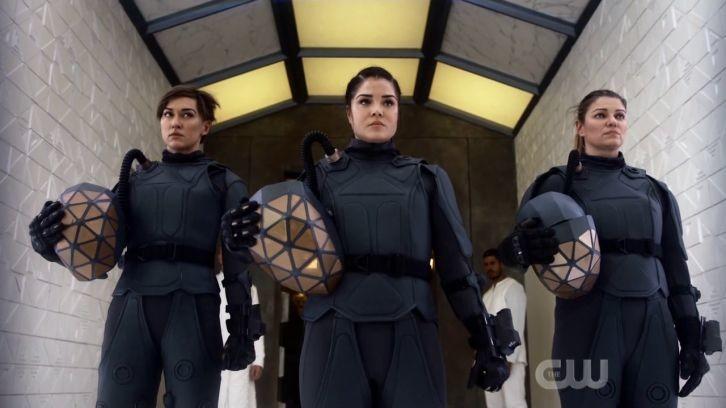 Sind Echo (Tasya Teles), Octavia (Marie Avgeropoulos) und Diyoza (Ivana Milicevic) konvertiert? The CW