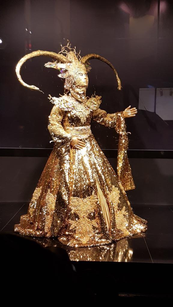 Pures Gold: Die Göttin fernsehserien.de