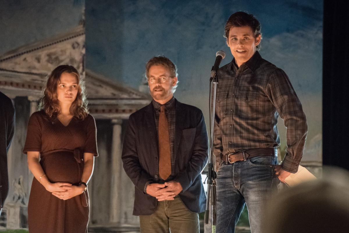 Die Drei vom Weltenretterkomitee: Frannie (Odessa Young), Glen (Greg Kinnear) und Stu (James Marsden) CBS