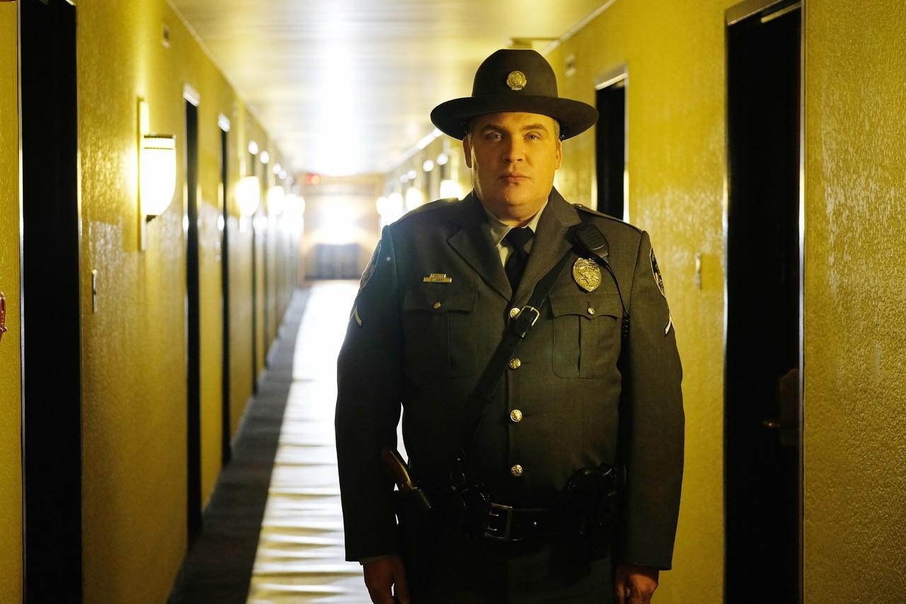 Vertritt seine eigene Auffassung von Recht und Ordnung: Officer Lasky (Glenn Fleshler) TVNOW/2018 CBS Interactive