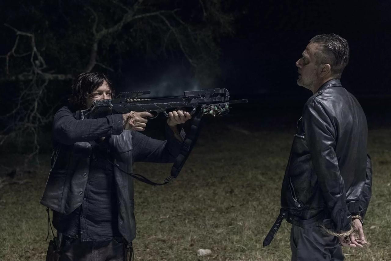 Daryl (Norman Reedus) vertraut Negan (Jeffrey Dean Morgan) nicht. AMC