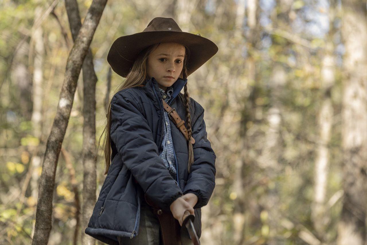 Judith (Cailey Fleming) sorgt sich um Michonne. AMC