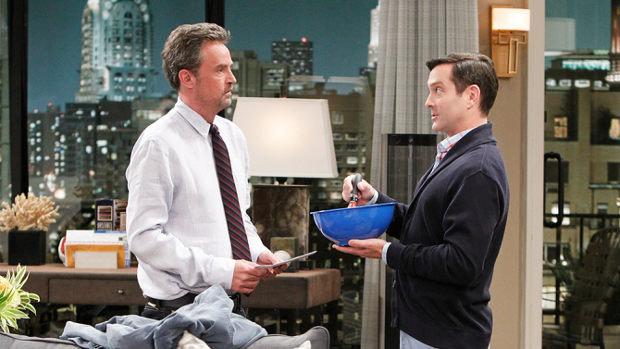 Die neueste Variante des ungleichen Männerpaars: Oscar Madison (Matthew Perry) und Felix Unger (Thomas Lennon) Bild: