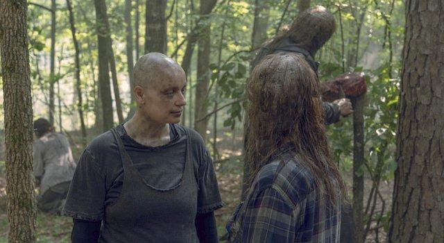 Alpha (Samantha Morton) hat eine wichtige Aufgabe für Gamma (Thora Birch).