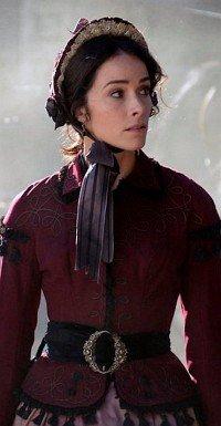 Abigail Spencer als Historikerin Lucy Preston