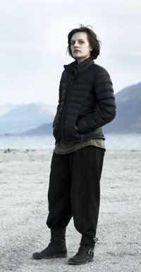 Robin Griffin (Elisabeth Moss) stößt auf schmerzhafte Erkenntnisse aus ihrer Jugend.