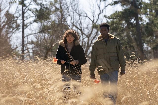 Polizist Wayne Hays (Mahershala Ali) mit Lehrerin Amelia Reardon (Carmen Ejogo) HBO