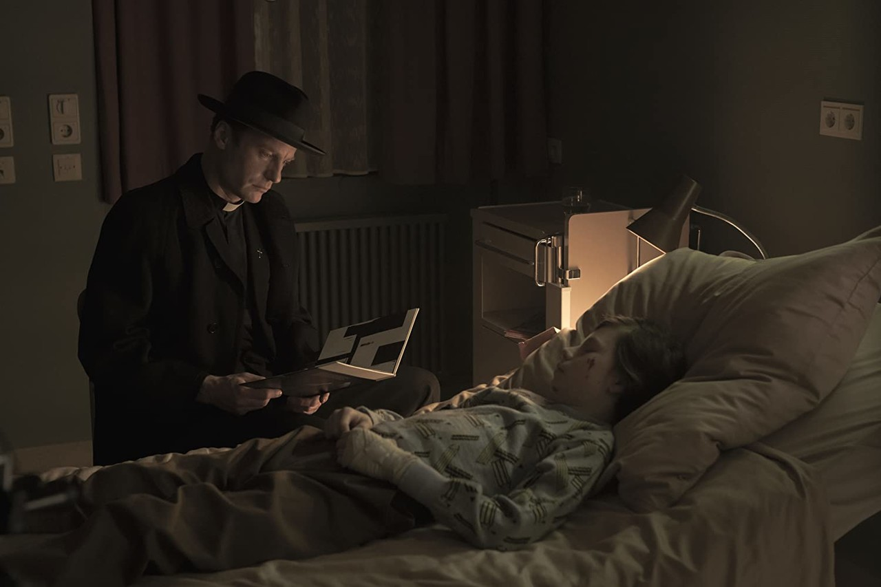 Noah (Mark Waschke) und der kleine Mikkel (Daan Lennard Liebrenz) Netflix