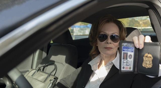 Die Bundesbehörden schalten sich in Gestalt von FBI Agentin Laurie Blake (Jean Smart) ein.
