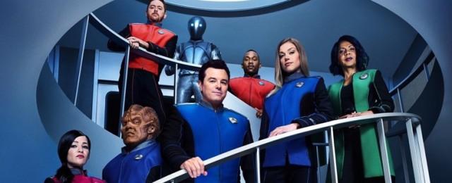 """Mit der zweiten Staffel verschob ProSieben die Sci-Fi-Serie """"The Orville"""" von der Primetime auf einen späten Sendeplatz nach 23Uhr am Montagabend. Dies wirkte sich positiv auf die Quoten aus: Durchschnittlich 10,7 Prozent Marktanteil in der jungen Zielgruppe sprangen heraus – obwohl insgesamt nur überschaubare 660.000 Zuschauer dabei waren. FOX"""
