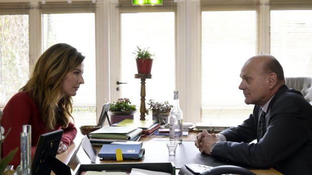 Frau Jordan in einer Auseinandersetzung mit dem Bürgermeister Joyn/ProSieben/Christiane Pausch