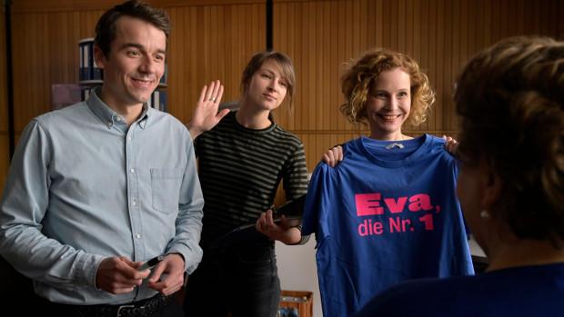 Die Mitarbeiter des Gleichstellungsbüros: Philipp, Yvonne und Renate Joyn/ProSieben/Christiane Pausch