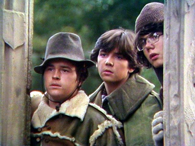 Henry, Will und Beanpole: Die drei Jugendlichen wollen der Weihe entgehen. Koch Media