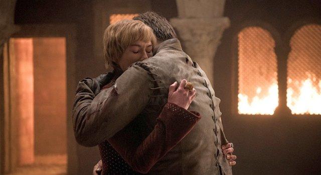 Cersei (Lena Headey) und Jaime (Nikolaj Coster-Waldau) kamen gemeinsam zur Welt und haben diese auch wieder zusammen verlassen