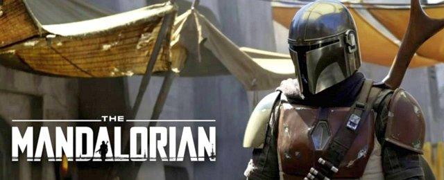 """…schließlich """"The Mandalorian"""" von Mastermind Jon Favreau, der gleichsam mit recht einfachen Mitteln und doch unglaublich aufwendig eine Geschichte im """"Star Wars""""-Universum erzählt, die ebenso gleichsam """"nichts Besonderes"""" (vor allem in den Episoden recht vorhersehbar) ist, aber trotzdem emotional fesselt und den Zuschauer befriedigt zurücklässt. Disney+"""