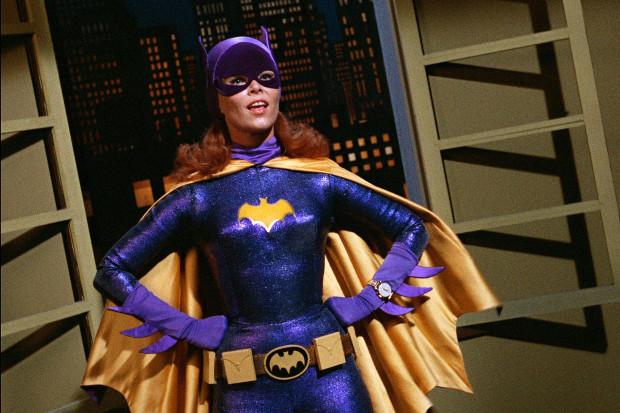 Yvonne Craig ist Batgirl (Bild: Warner Bros. Television Distribution)