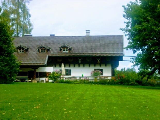 Im August 2012 besuchte der Autor das Forsthaus der Staffeln 1–17 in Dietramszell. (Bild: Daniel Teuteberg)