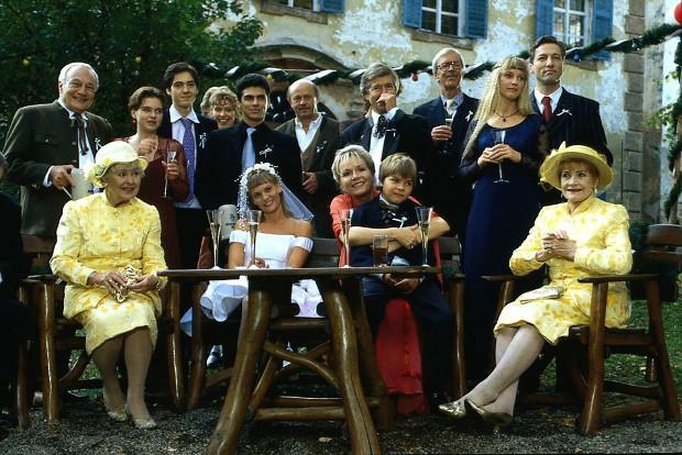 Doppelhochzeit in Staffel 10: Martin und Susanna tun es Markus und Lisa gleich. Beide Ehen scheitern. (Bild: ZDF/ndF mbH)