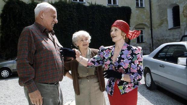 Vinzenz (Walter Buschhoff), Oma Herta (Bruni Löbel) und Oma Inge (Gisela Uhlen) in Staffel 3 (Bild: ZDF/ndF mbH)
