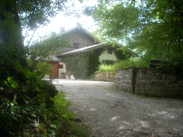 …als wäre nie etwas gewesen: das alte Forsthaus (Bild: Daniel Teuteberg)
