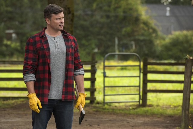 "Tom Welling als Clark Kent in ""Batwoman: Crisis on Infinite Earths: Part Two"" Bild: The CW"