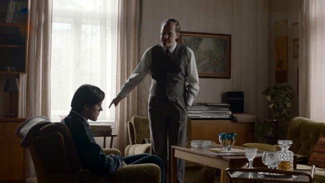Pölz setzt seinen Sohn Ronny unter Druck. ZDF