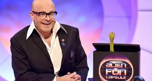 Harry Hill's Alien Fun Capsule – Bild: ITV