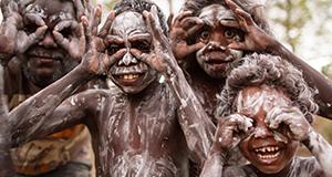 Rituale – Bild: Geo Television / BBC / Claire Thompson